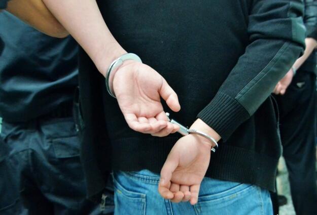 男子在山东抢劫 逃到大连被旅顺警方抓获