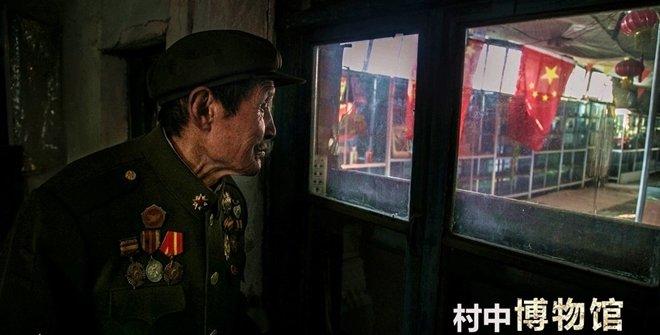 """为实现人生最后心愿 86岁老兵拾荒建""""村中博物馆"""""""