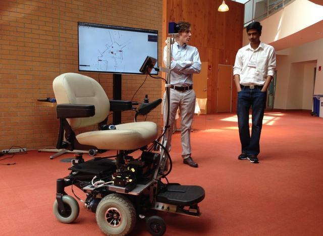可语音控制的智能轮椅:能自动生成地图并导航