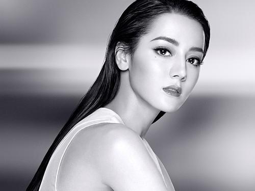 新生代演员迪丽热巴成为巴黎欧莱雅全新品牌形象大使