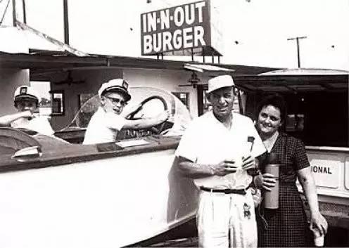 菜单70年不变,只有三种,这家快餐店却成为地方一霸