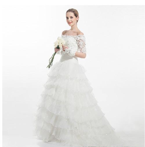 娇小新娘穿什么婚纱更好看