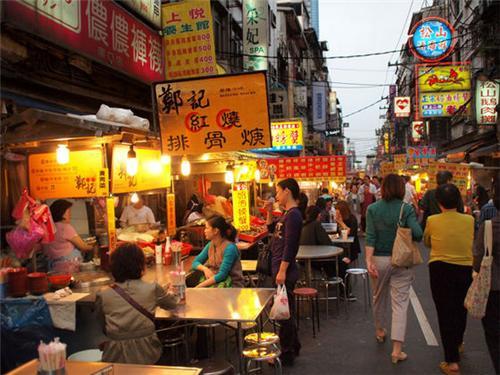 舌尖上的台湾 让吃货们按捺不住的小吃街