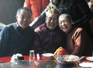 养蜂人38年前被朝阳农民救助 苦寻恩人38年报恩