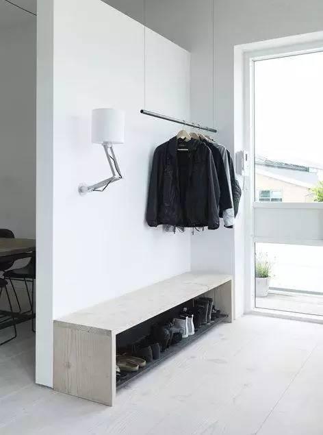 玄关靠墙做 实用且美观