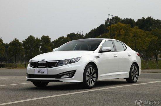 购起亚K5享优惠2.7万元 部分现车