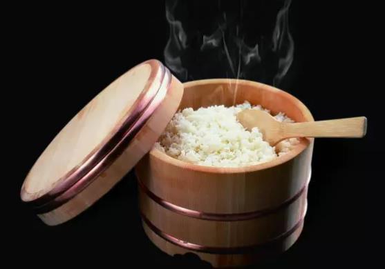 厨房小知识 哪些食物不能用微波炉加热