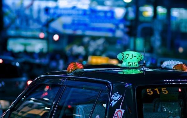为什么在日本坐出租车那么贵?