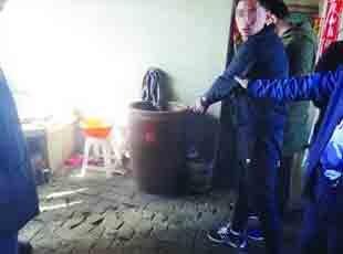 入室大盗落网后供认命案:曾将失足女杀害藏尸象