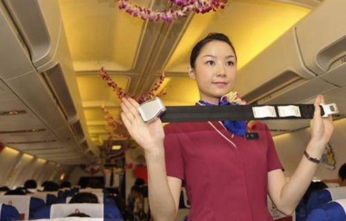飞机上为什么会有那么多奇怪的规定?