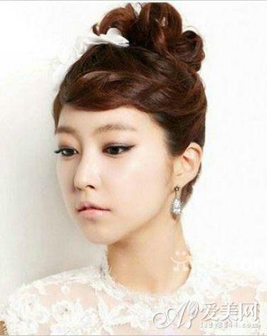 浪漫韩式新娘发型 打造婚礼俏娇娘图片