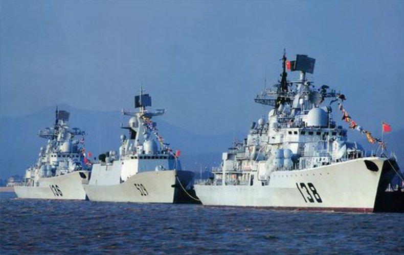 看百艘舰艇远海实战演习,他们是中国海军!