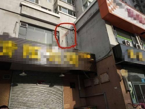 丹东一男子坠楼 事发现场惨烈的不可描述