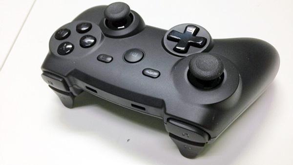 小米游戏手柄初体验 要做游戏机的节奏?
