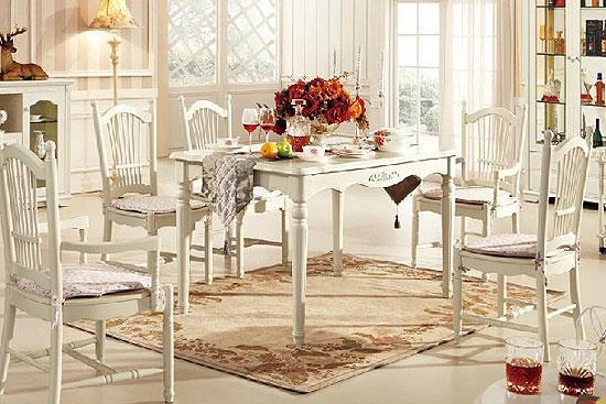 田园风格餐桌图片