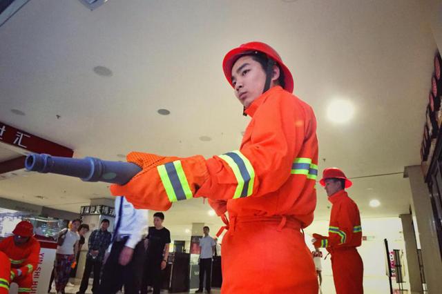 沈阳国瑞购物中心消防演习圆满成功