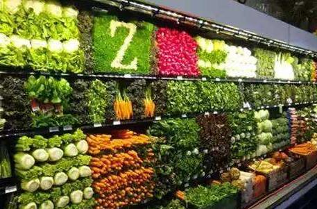 大学生菜场直播卖菜 每天卖出3000斤