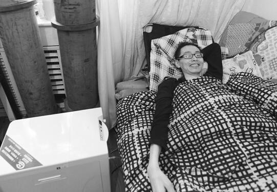 歌手树良患肺癌放弃治疗 爱妻欲为丈夫办演唱会