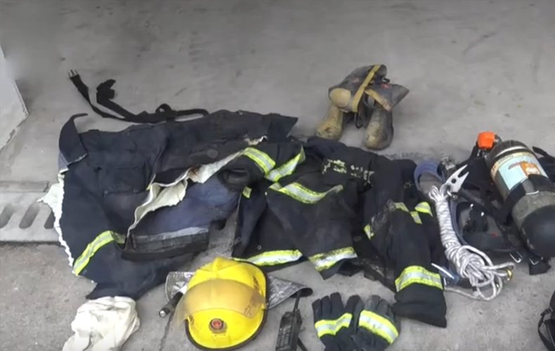 大火中为救95岁老太 23岁消防员火海牺牲