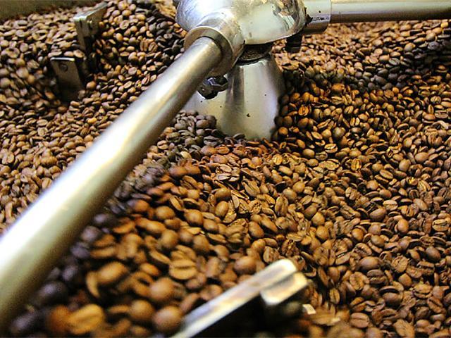 精选咖啡豆与精湛技术的完美结合!自家烘焙的美味!