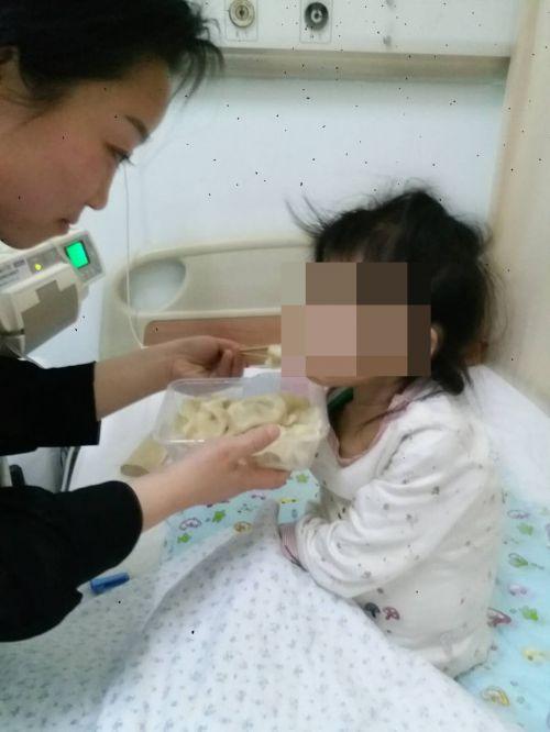 鞍山三岁娃不幸患恶性肿瘤 希望好心人能帮一把