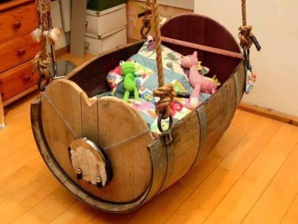 旧物酒桶被改成了最实用的创意家居品