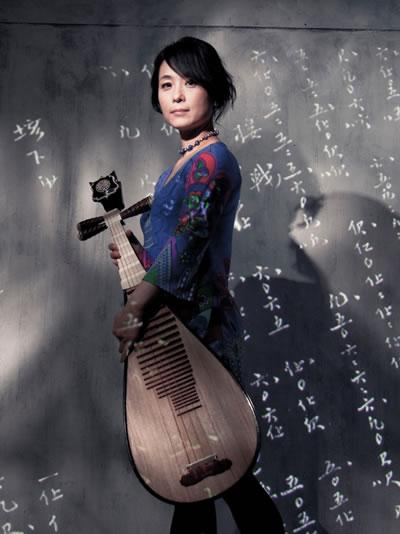 吴蛮云游海外25年后首次回国来沈开独奏音乐会