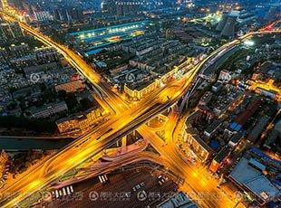 沈阳摄影师爬百米高楼 拍摄诗画般美景