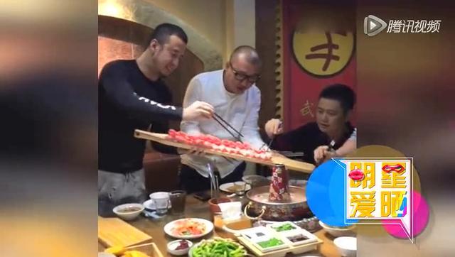 杨坤微博发布聚餐视频 力证未吸毒被抓