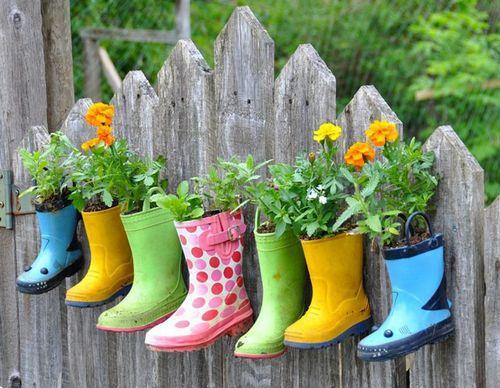 废物利用 废旧品做成的创意小花园