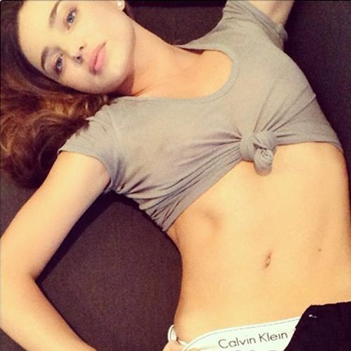 女明星instagram肉搏大战 要够露才有赞图片