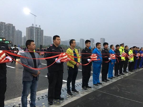 快讯:抚顺长春桥今晨5时58分通车 行车略有变化