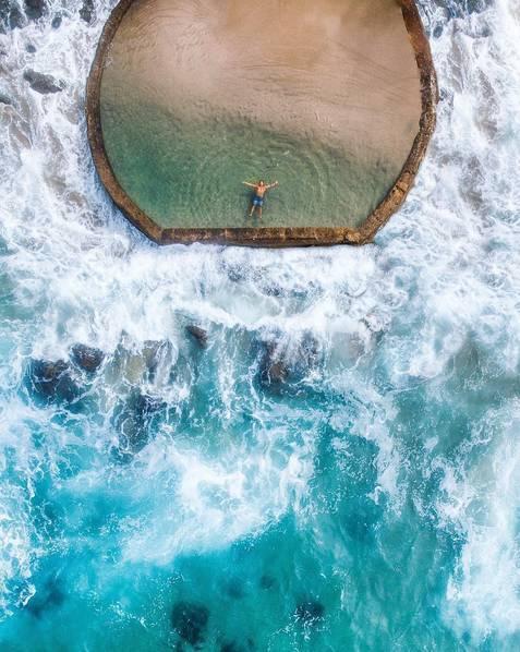全球7个美到窒息的泳池 雪山沙漠大海任选