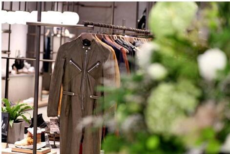 沈阳时尚地标,ASH全球形象店万象汇开启狂放之旅