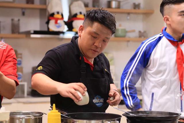 """《城市厨房》第一季总决赛即将上演 """"厨""""神入化巅峰之战"""