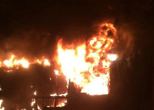 广州301公交爆炸现场车站监控曝光