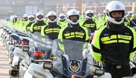 沈阳骑警扩编 500辆沈阳交警摩托巡逻