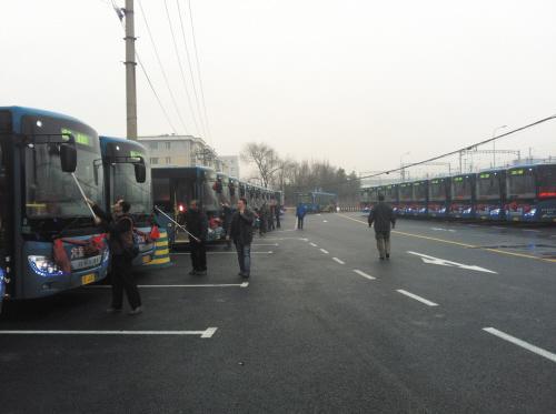 市郊最长小学公交更新换代淘汰244辆黄标车岭茶线路图片