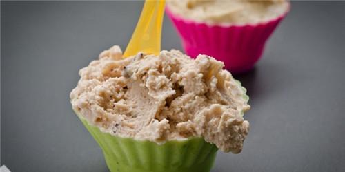 世界各地特别口味冰淇淋 吃到肚子痛的节奏