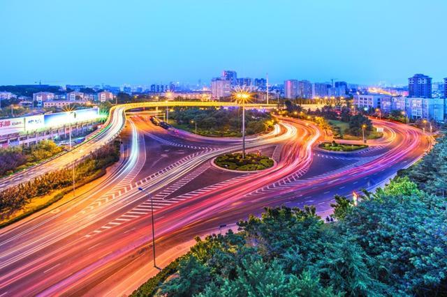 2公里长总结路迎客城市形象窗口路提升甘区城语文成为阶段性小学图片