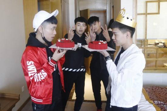 惊喜来的太突然!东北网红节为选手温暖庆生