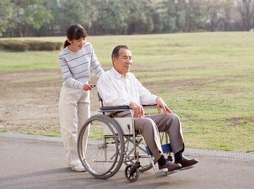 关爱老人善行天下 东陌在行动!