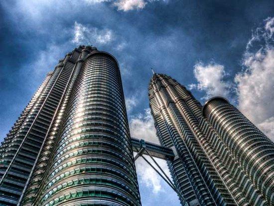 一二线城市房价停涨 上市公司为何突击卖房
