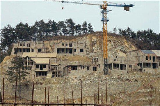 开发商景区炸山建别墅  花城生态好房何需大费周章
