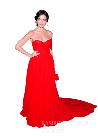搭配红色手拿包非常优雅