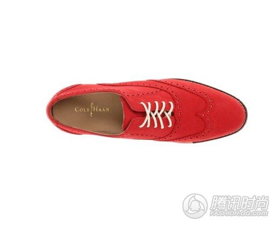 今季牛津鞋 炫彩款式最抢手