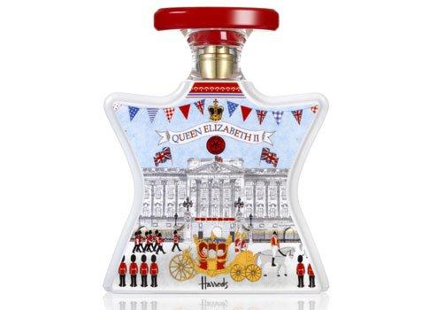 一瓶闻起来像女王的香水