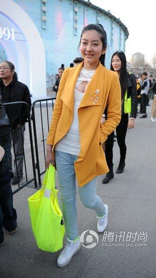 家门口的时装周看中国式时髦街拍