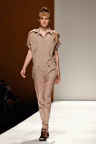 米兰时装周上的中性风格