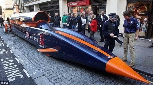 世界最快 超音速汽车诞生高清图片